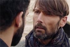 EXCLU Plus belle la vie : Thomas va mettre plus que jamais son couple avec Gabriel en danger !