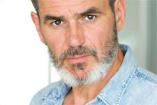 Jérôme Bertin (Patrick) se confie sur son rôle dans Plus belle la vie