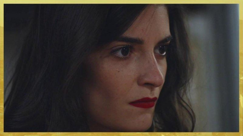 Indiscrétion : Le visage diabolique de Sabrina