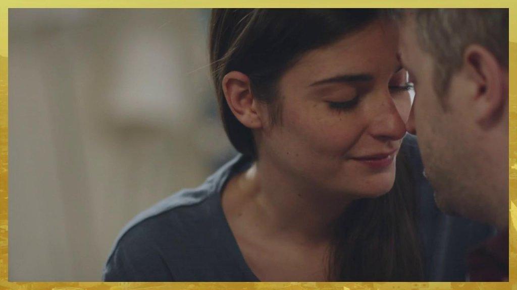 Plus belle la vie Indiscrétion : Sabrina embrasse Nathan