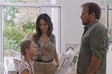 Plus belle la vie en avance : Jean-Paul Boher découvre la nouvelle maison de Samia et Lucie !