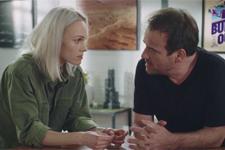 Irina supplie Jean-Paul de l'aider à faire tomber Pavel: «Andrès est la clé. J'en suis sûre»