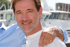 David Marchal (Clément) se confie sur le départ de Sara Mortensen (Coralie): «Ça a été un déchirement»