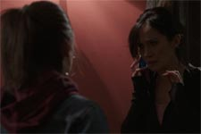 Samia entend la voix de Patrick sur le téléphone de Léa!
